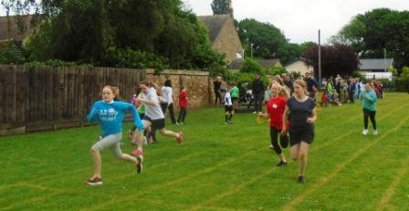 1 webKS2 Sports Day running